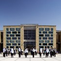 Escola Feminina Gohar Khatoon / Robert Hull + University of Washington