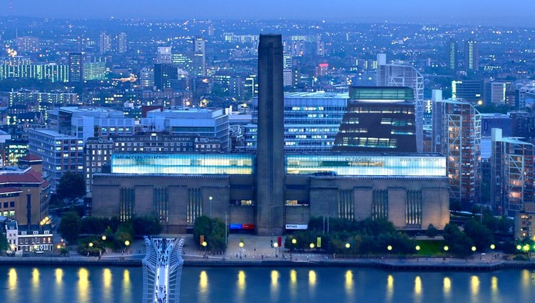 View of the Tate Modern and its new extension from St. Paul's. Image © Hayes Davidson and Herzog & de Meuron