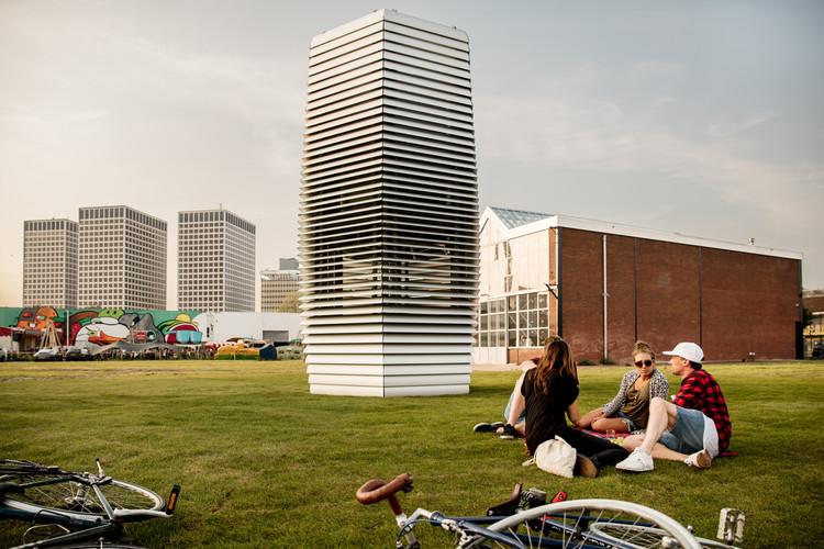 Este purificador de aire transforma CO2 en joyas, Cortesía de Studio Roosegaarde