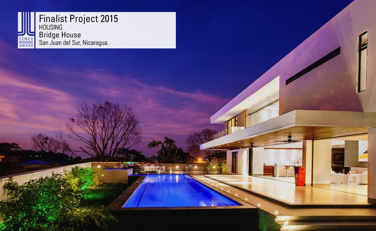 Finalista Vivienda - Bridge House. Image © Carlos Berríos. Courtesy of CEMEX.
