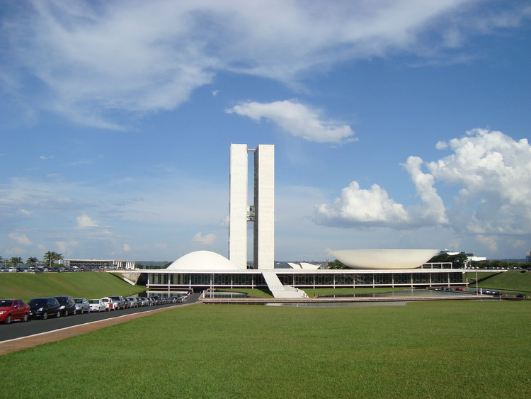 6 Shortlisted for U.S. Embassy Project in Brasília, National Congress; Brasília / Oscar Niemeyer under construction. Image © Flickr User may_inthesky