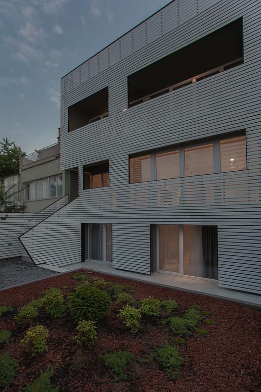 House 2B Renovation / Betim Zeqiri  + Bekir Ademi, © Andrijana Tilic