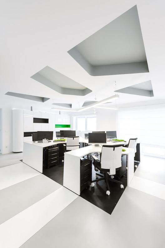 Skytech Office / Vaida Atkocaityte + Akvile Mysko-Zviniene, © Sergej Puzanskij
