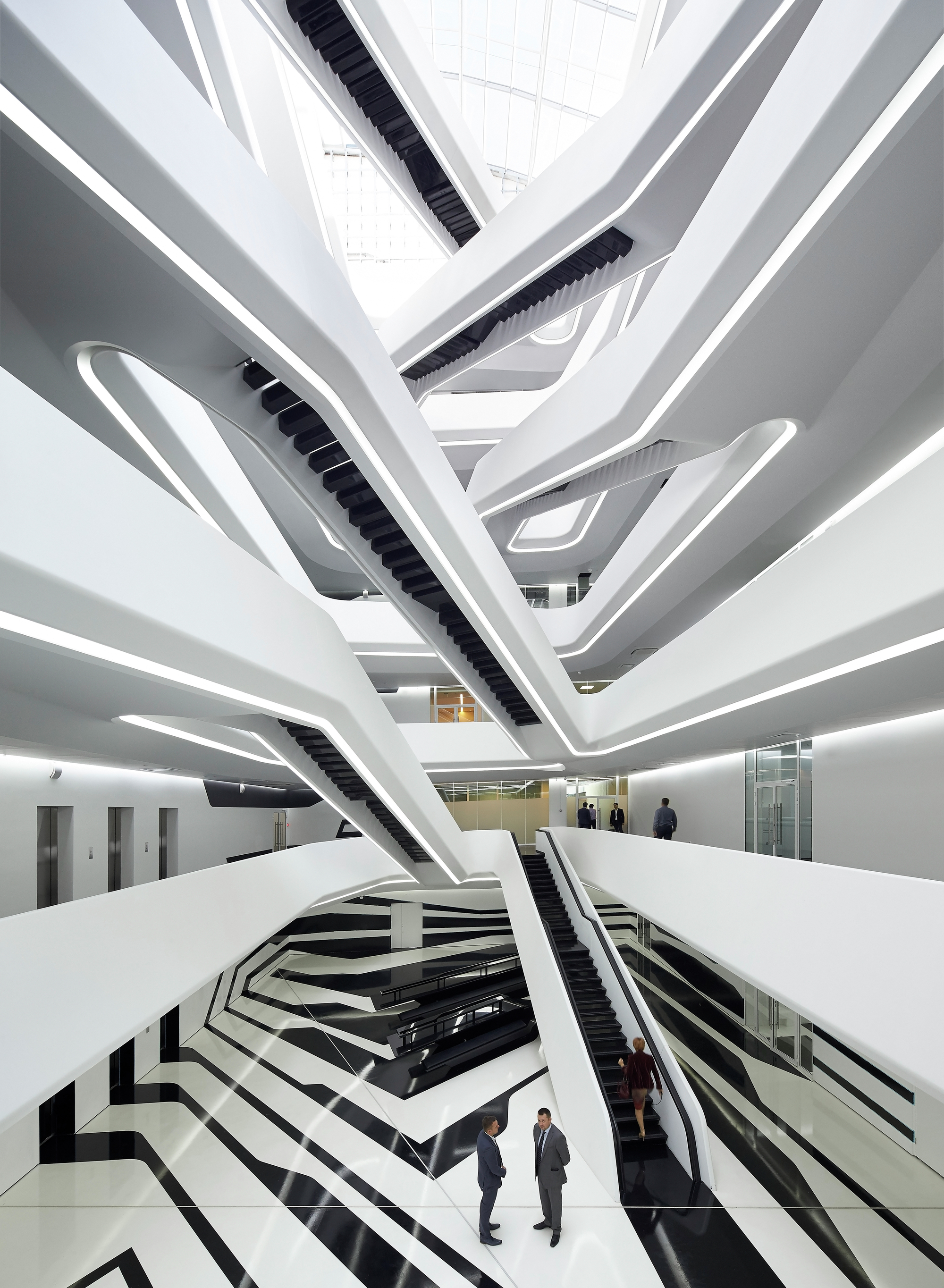 Dominion office building zaha hadid architects archdaily for Office design zaha hadid