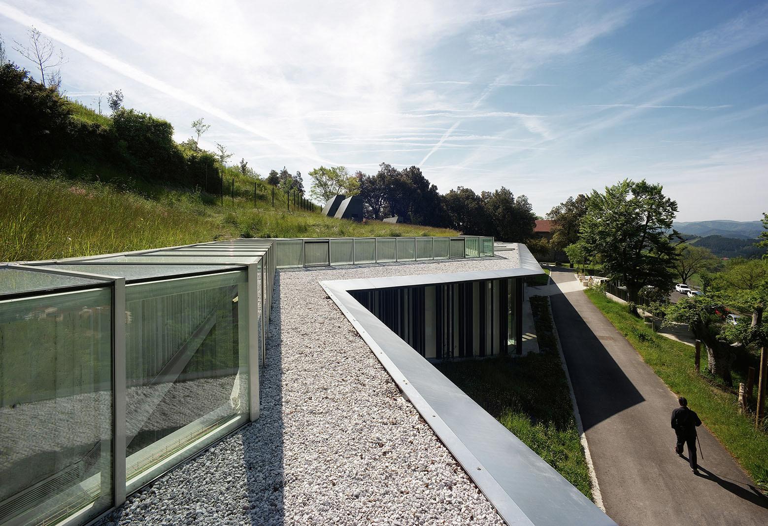 Interpretation and welcome center for visitors in la for Plataforma de arquitectura