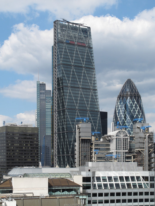 The Leadenhall Building; London, UK / Rogers Stirk Harbour + Partners. Image © Michiel van Dijk