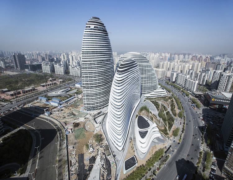 Wangjing SOHO; Beijing, China / Zaha Hadid Architects. Image © Feng Chang