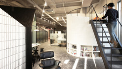 Consultora AlpenRoute / Minsoo Lee + Studio Unmet