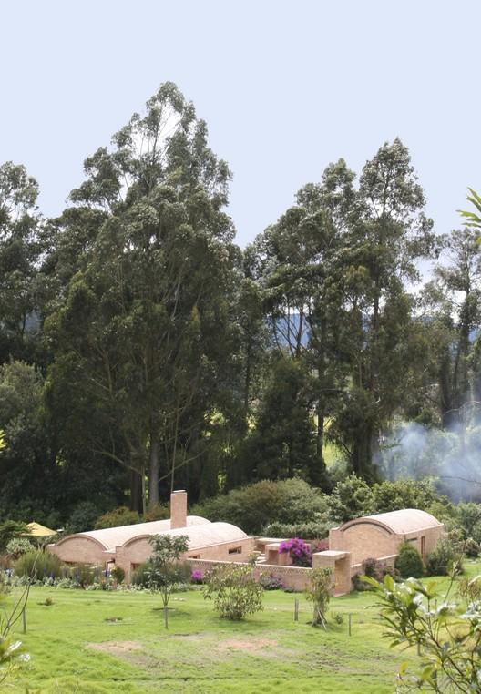 Figura 4. Casa Toscana en Tabio, Colombia. Image © Elisenda Monzón