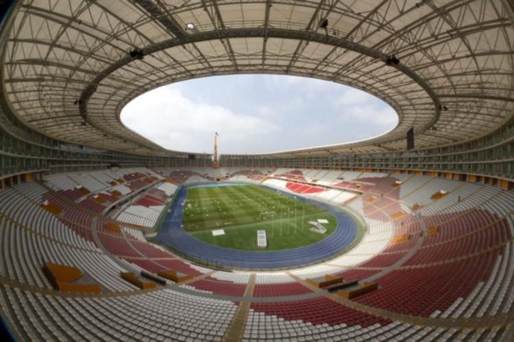 Remodelación y ampliación del Estadio Nacional del Perú. Image vía José Bentín Arquitectos