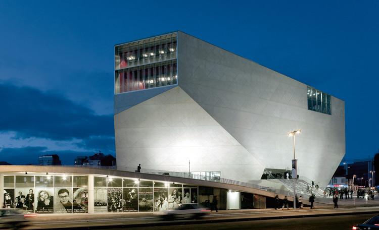 Casa da Música, 1999-2005, Oporto (Portugal) Casa da Música, 1999-2005, Porto (Portugal)  © Duccio Malagamba. Image Cortesía de Arquitectura Viva
