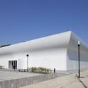 Gym Hall TNW / NL Architects. Image © Luuk Kramer
