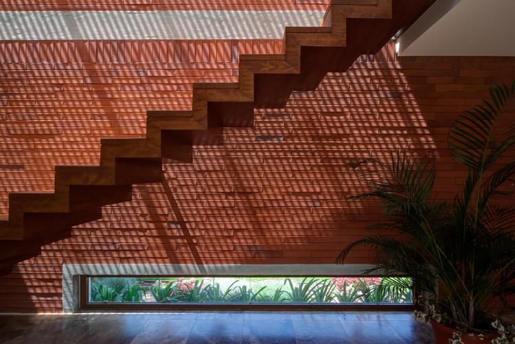 Casa Jardín GK - P.ARQ (Cumbaya - Ecuador). Image © Lorena Darquea Schettini