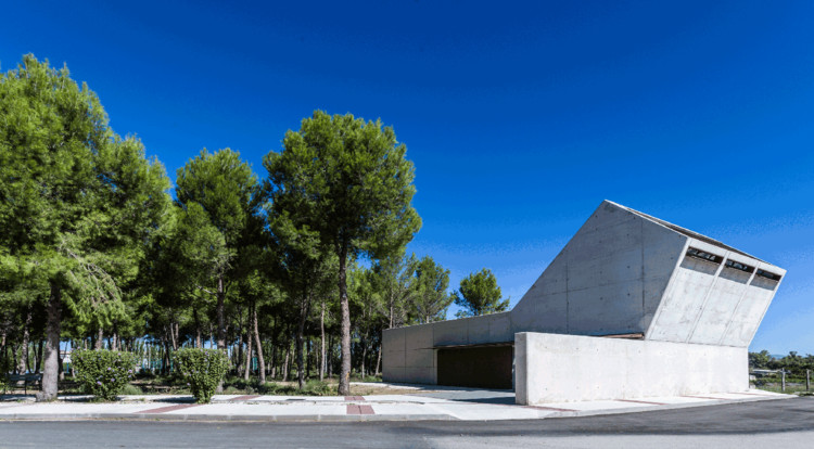Tanatorium / Juan Carlos Salas, © Diaporama