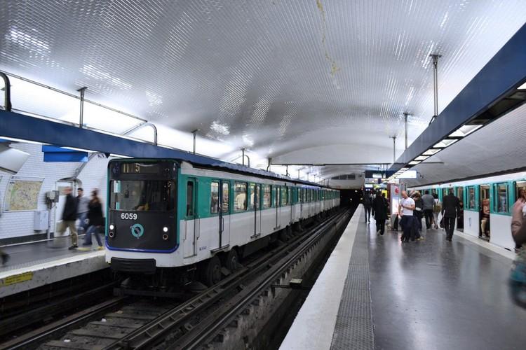 Metro de París, Francia. Image © Juan Enrique Gilardi, vía Flickr