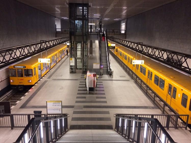 Metro de Berlín, Alemania. Image © LWYang, vía Flickr