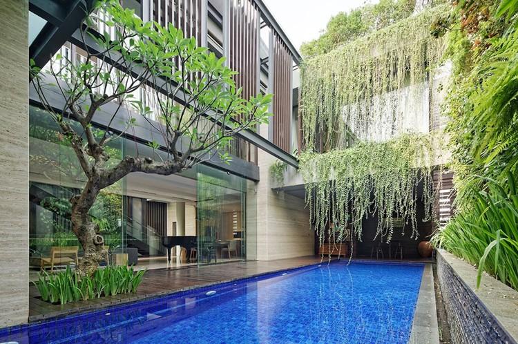 Casa Ben GP / Wahana Architects, © Fernando Gomulya