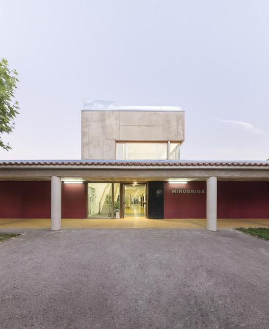 Centro Ocupacional en Sanjuanejo / Juan Carlos Navarro Pérez, © Álvaro Viera
