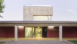 Centro Ocupacional en Sanjuanejo / Juan Carlos Navarro Pérez