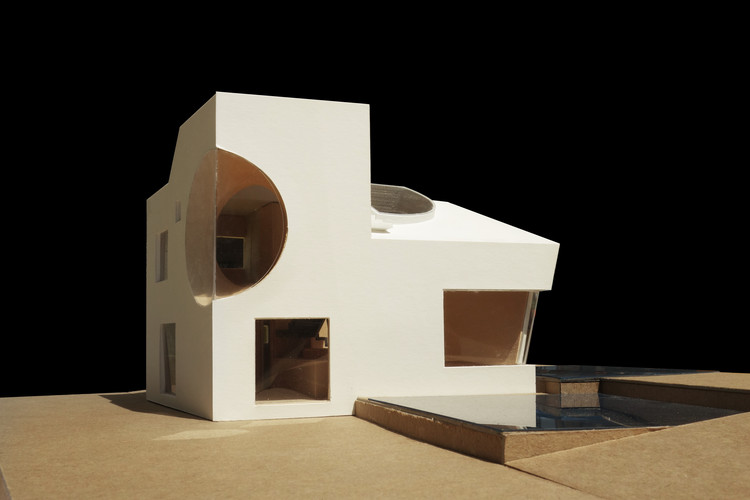 Model of Ex of In House. Image © Steven Holl Architects