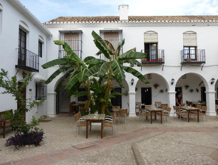 Pueblo López (Fuengirola, España). Image Cortesía de Premio Rafael Manzano