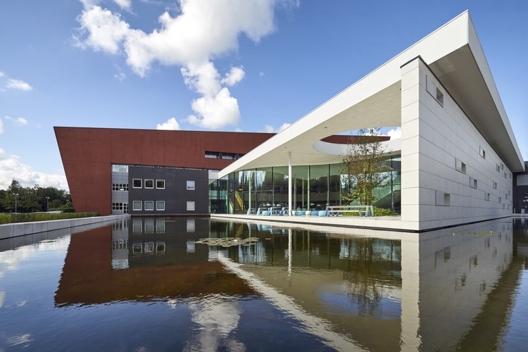 Sede PWN / Kraaijvanger Architects, © Ronald Tilleman