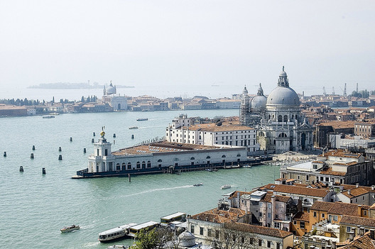 Veneza, Itália. Image ©  Lau Svensson, via Flickr. CC