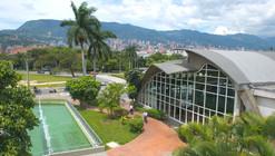 Clásicos de Arquitectura: Aeropuerto Olaya Herrera / Elías Zapata