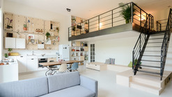 Apartment Conversion / Standard Studio + CASA architecten