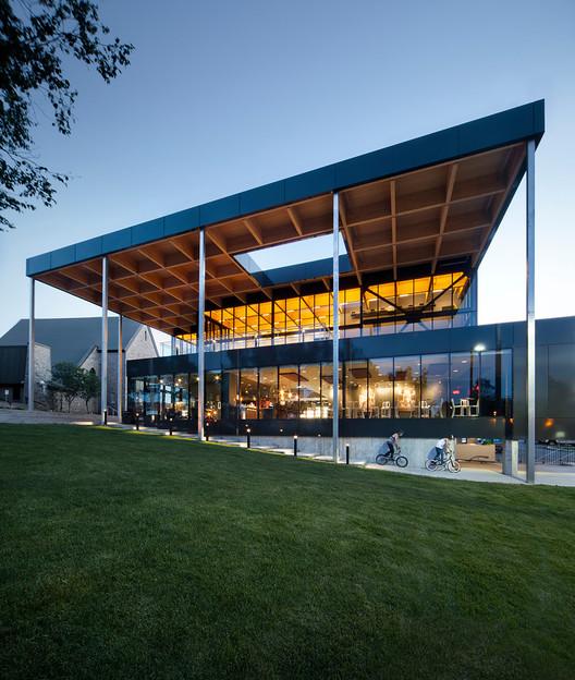 Teatro Multifuncional Mont-Laurier / Les architectes FABG, © Steve Montpetit