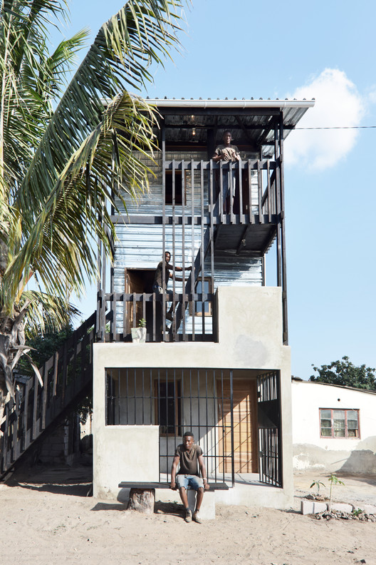 Royal Danish Academy of Fine Arts Designs Low-Income Housing Prototypes in Mozambique, © Johan Mottelson