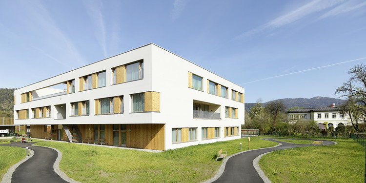 Nursing and Retirement Home / Dietger Wissounig Architekten, © Paul Ott
