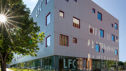 Liceu Francês de Chicago / STL Architects