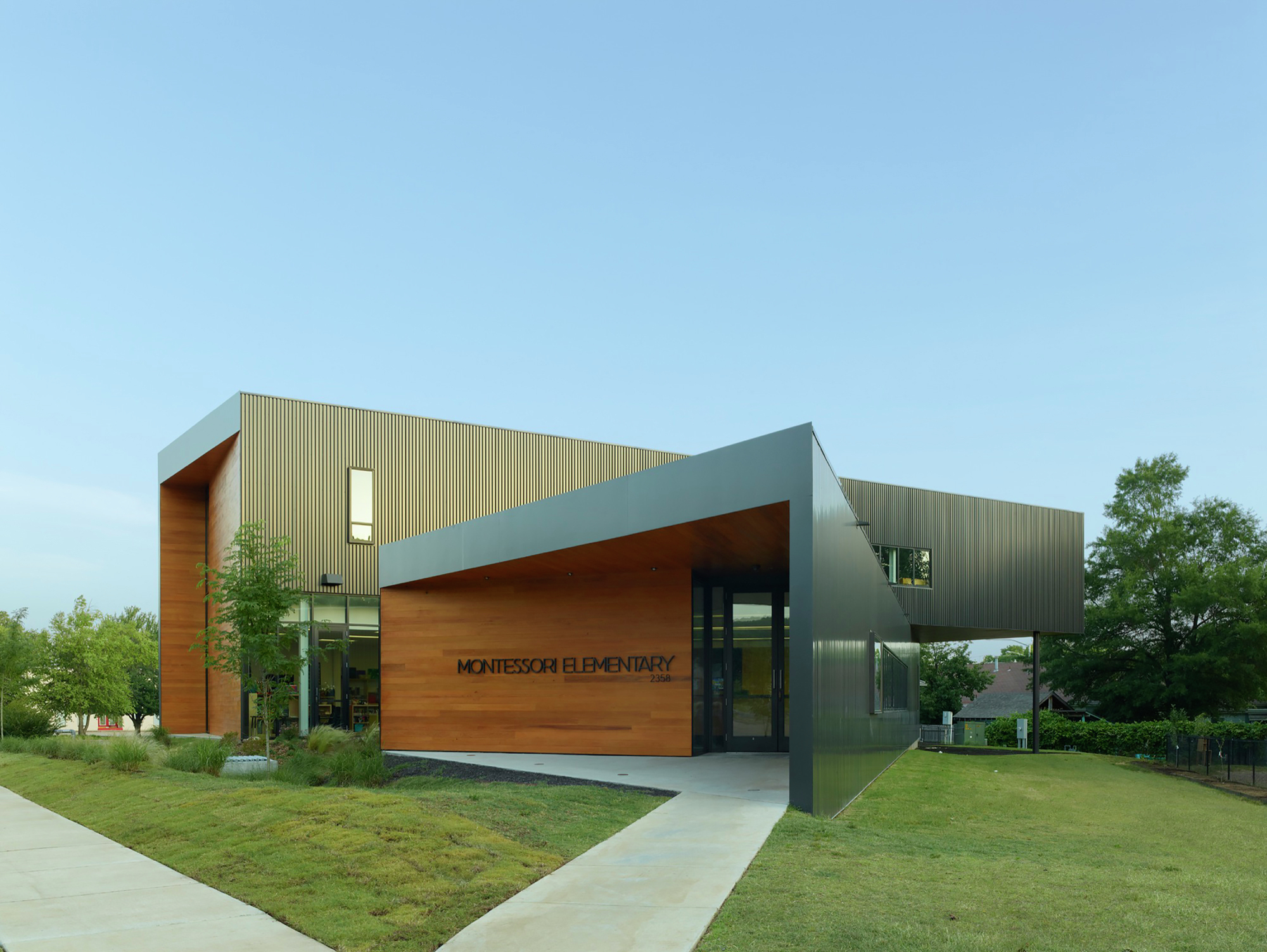 Gallery of fayetteville montessori elementary school for J j school of architecture