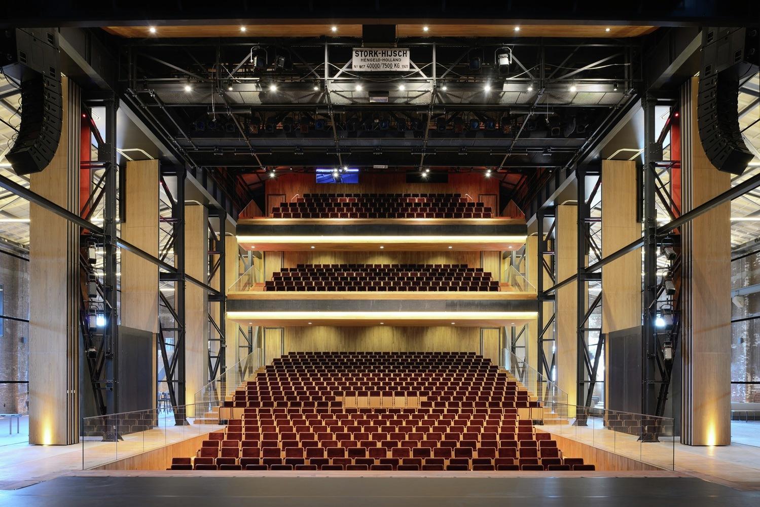 Theatre de Kampanje / van Dongen-Koschuch