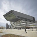 Library and Learning Centre University of Economics Vienna. Image © Roland Halbe