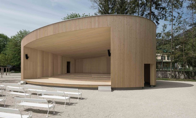 Music pavilion bad ischl two in a box architekten for Pavillon moderne construction