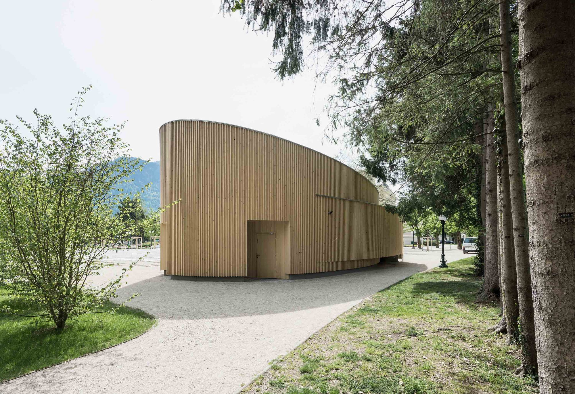 music pavilion bad ischl two in a box architekten archdaily. Black Bedroom Furniture Sets. Home Design Ideas