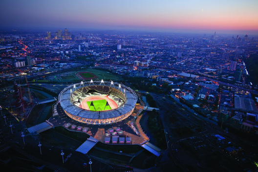 London Olympic Stadium Transformation / Populous in London, United Kingdom. Cortesia de WAF.