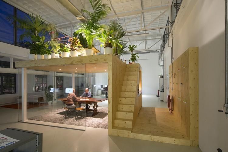 Loft Office / jvantspijker | ArchDaily