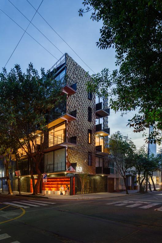 Finalista de la categoría Residencial - Just Be, Ciudad de México, México / ARQMOV. Image © Rafael Gamo
