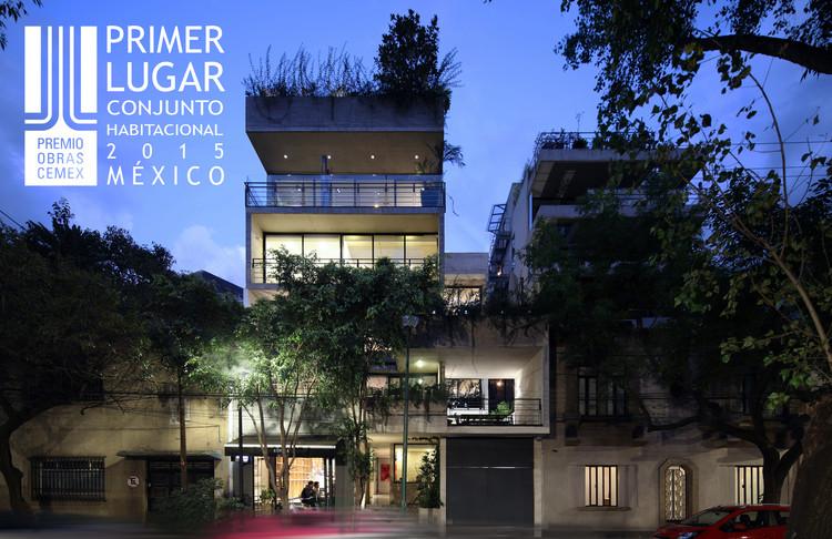 Primer lugar - Conjunto Habitacional Niveles Medio y Alto (Edición nacional). Edificio Amsterdam. Imagen Cortesía de CEMEX.