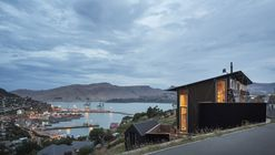 Lyttelton Studio Retreat / Bull O'Sullivan Architecture