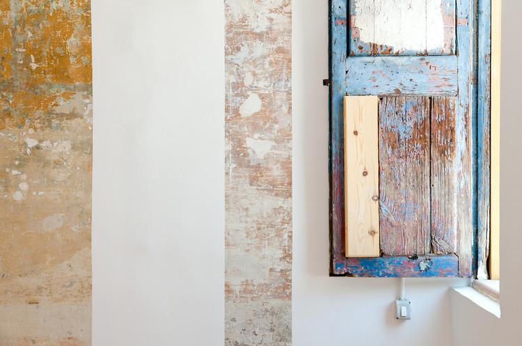 8 flats renovation / Barcelona / EMBT. Image © Marcela Grassi