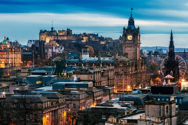 View over Edinburgh. Image via College Tribune