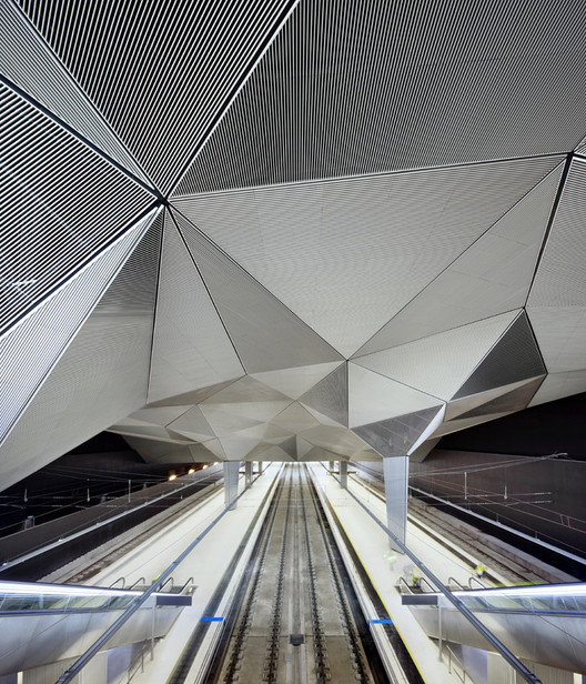 Iñaki Ábalos, una mirada a la ciudad del siglo XXII, Estación de Trenes de Alta Velocidad en Logroño / Ábalos + Sentkiewicz arquitectos. Image © José Hevia