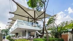 Bar de Fútbol Club Pinheiros / Bacco Arquitetos Associados