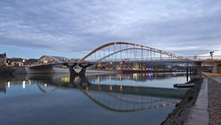 Schuman Bridge / Explorations Architecture