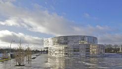 Biblioteca de Jogos e Multimídia / Philippe Fichet Architectes
