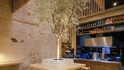 Perro Viejo Restaurant / Donaire Arquitectos
